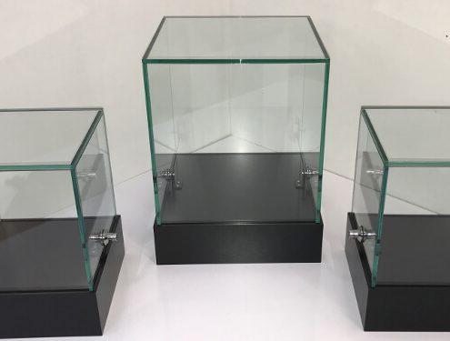 Custom glass display cubes – Microsoft Research