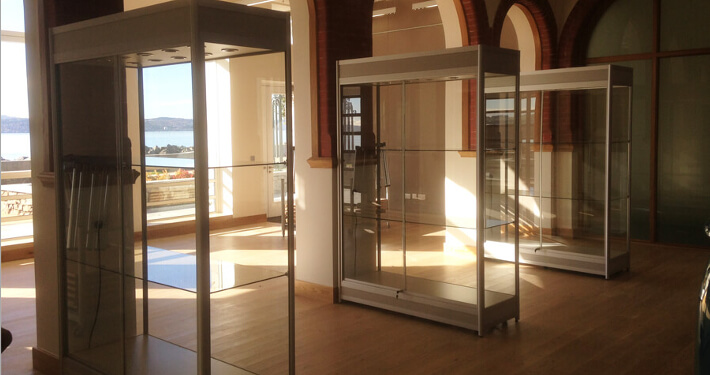 custom glass display cabinets - argyll and bute council