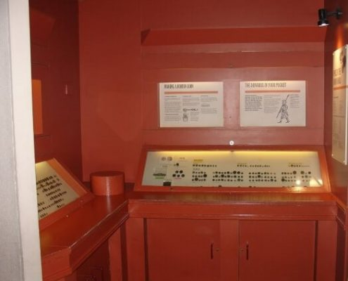 existing display case - verulamium museum